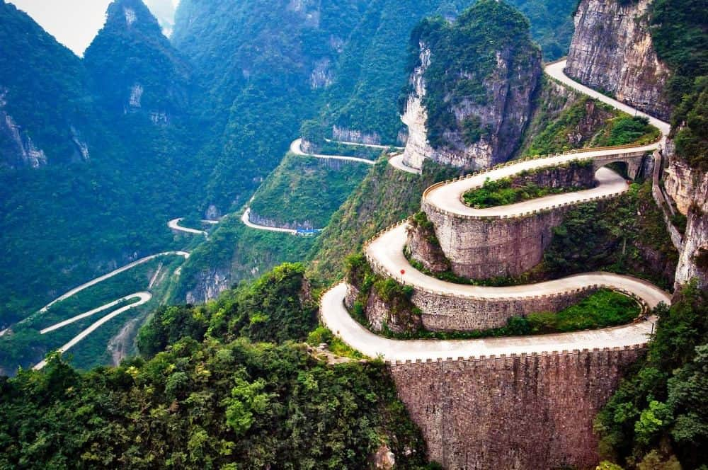 Tianman-Mountain-Road-Best-Road-in-the-World-1000x664-1.jpg